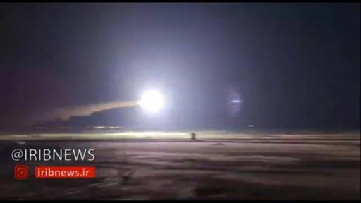 動画:イラン、ペルシャ湾付近で国籍不明の無人機を撃墜 現地報道