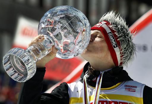 モルゲンシュテルンが総合優勝、スキージャンプW杯