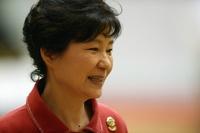朴大統領、「根拠ない」噂報道に怒り示す 韓国