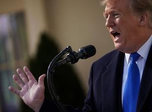 トランプ氏、壁建設で非常事態宣言 民主党は「法逸脱」と非難