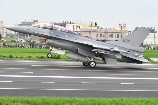 米国務省、台湾への最新型F16売却を承認