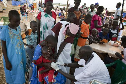 予防接種で15人死亡、冷蔵せず注射器使いまわし 南スーダン