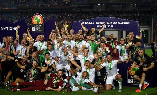 アルジェリアが2度目のアフリカ王者に、決勝でセネガル下す
