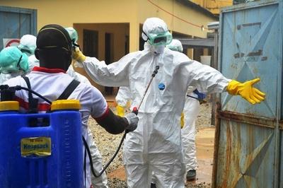 エボラ熱の予防対策チーム7人、殺害される ギニア