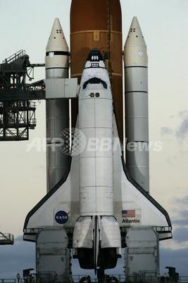 スペースシャトル「アトランティス」、1月の打ち上げ予定も再延期