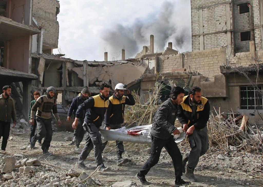 シリア政権の東グータ空爆、死者228人に