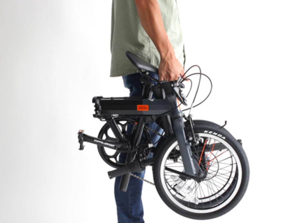 クルマ×折りたたみ小径車の6輪旅行に! 14インチ匹敵の車載サイズを実現した16インチ自転車発売。