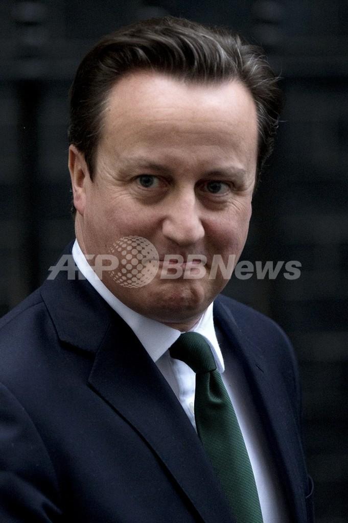 生活保護が「ライフスタイルの選択肢に」、英首相