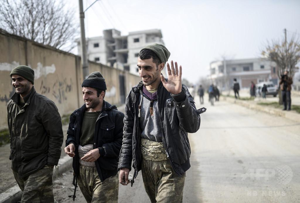 【AFP記者コラム】「イスラム国」から奪還した町を歩いて