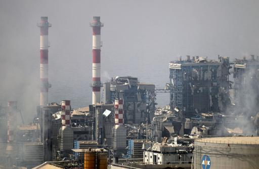 キプロスの海軍基地で爆薬倉庫が爆発 12人死亡