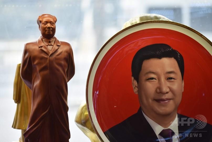 中国国家主席の任期撤廃、独裁的リーダー求める世界的な潮流