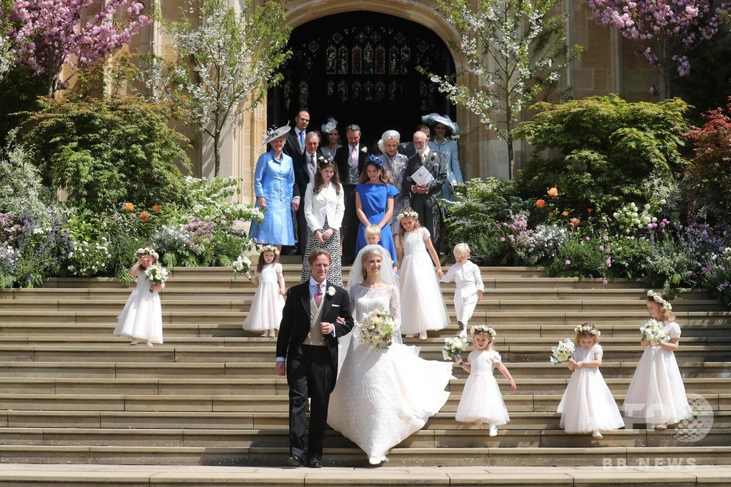 英女王の親族レディー・ガブリエラが結婚、1年に3つのロイヤルウエディング