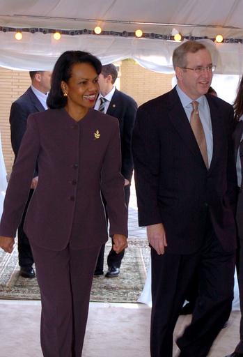 米ライス国務長官、ドイツへ 中東歴訪終える - クウェート