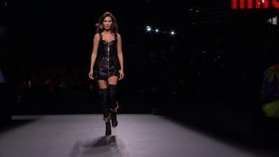 動画:「モスキーノ」、H&Mとのカプセルコレクションを発表