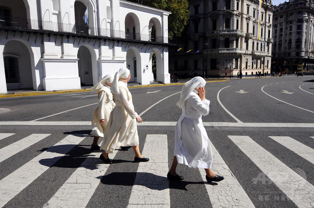 聴覚障害のある子どもたちの学校で性的虐待か、日本人修道女を逮捕