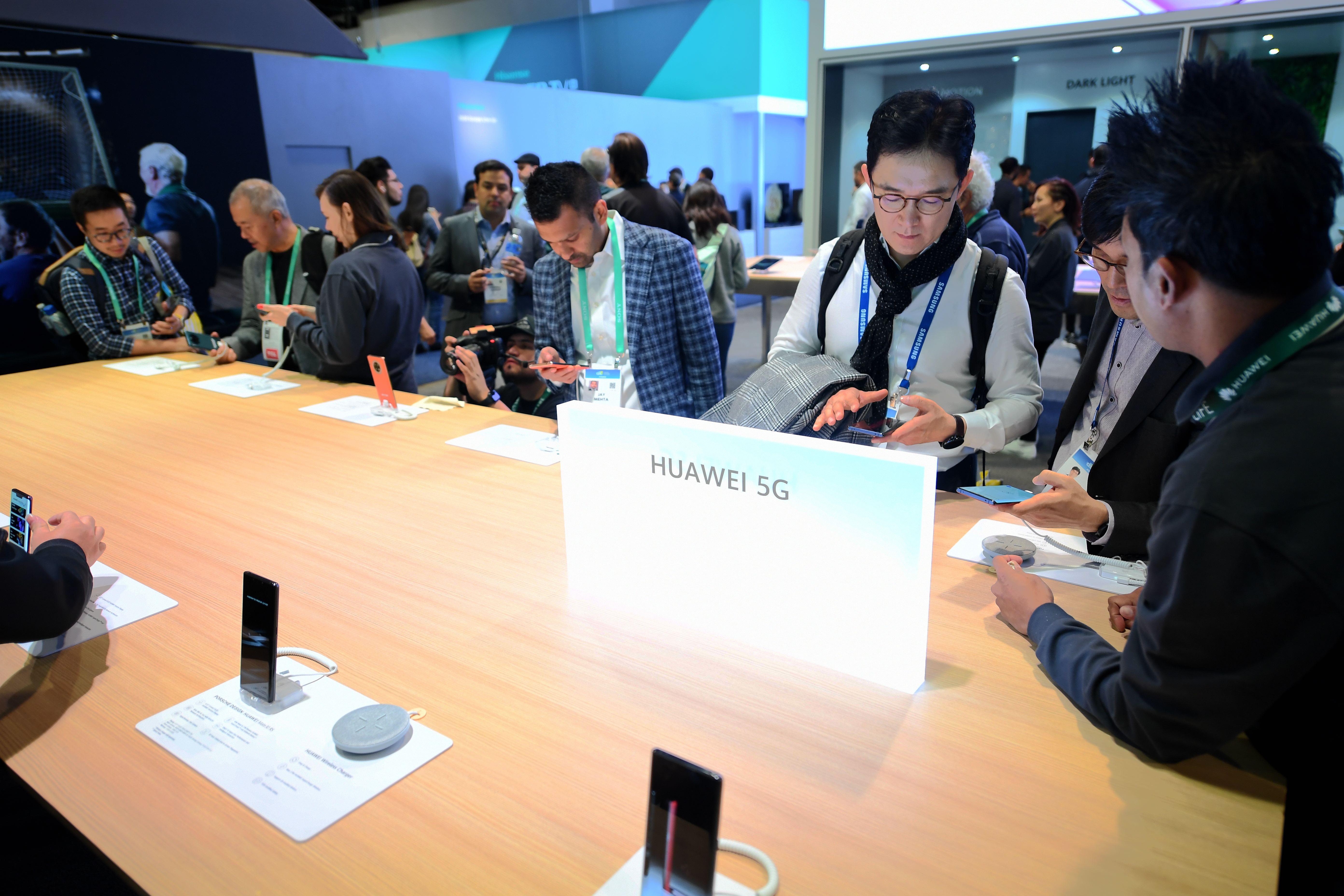 5G端末、新たな商戦開始へ シャオミやファーウェイ新製品発売