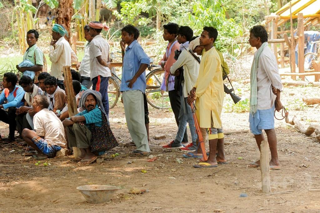 慈善活動中の女性5人、集団レイプ被害 インド