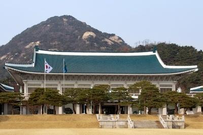母を20年虐待しついに惨殺… 「父に死刑を」娘らが訴え、韓国