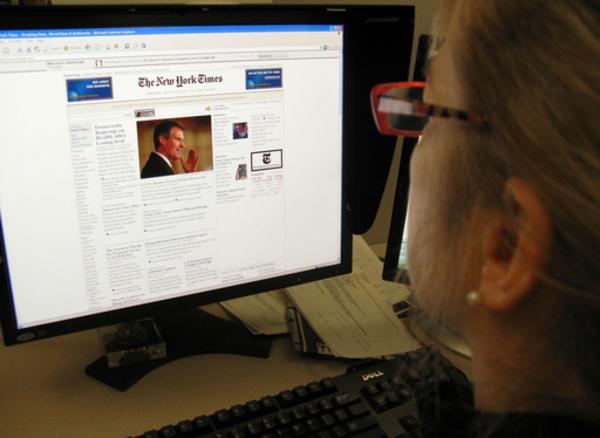 米国で加速度増す新聞離れ