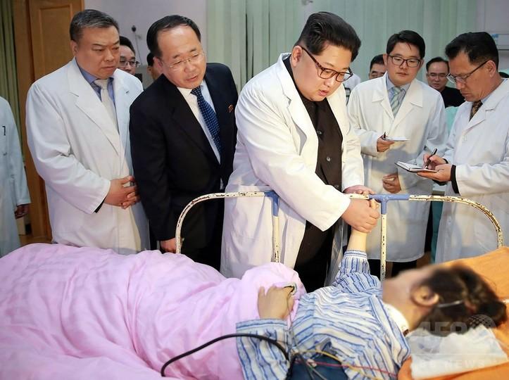 北朝鮮の観光バス事故、金正恩氏が中国大使に「深い哀悼の意」