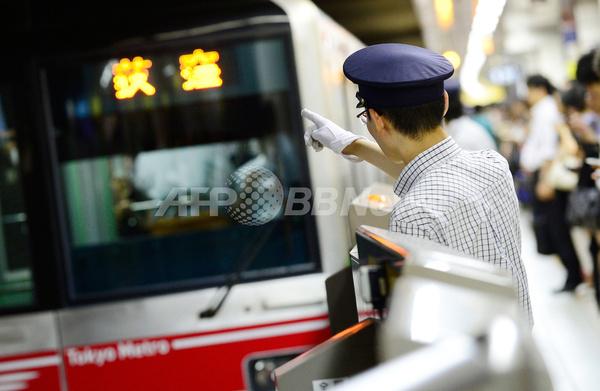 東京の地下鉄、世界に誇る正確なダイヤ