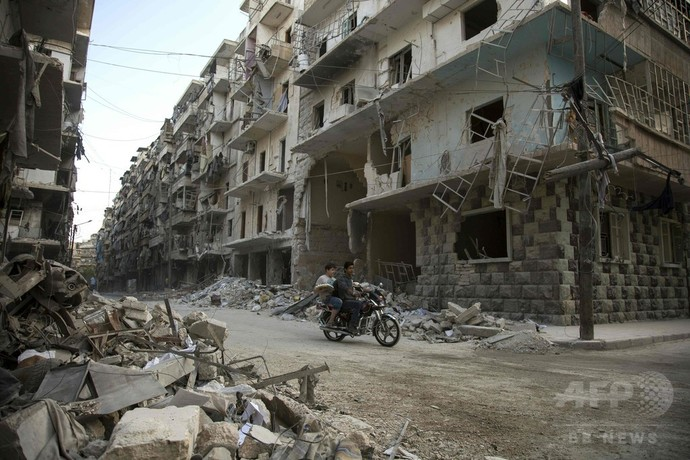 シリア北部の避難民キャンプで空爆、市民28人死亡 監視団発表