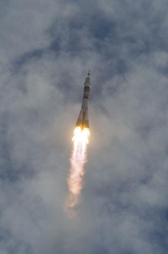 星出さん搭乗のソユーズ、打ち上げ成功
