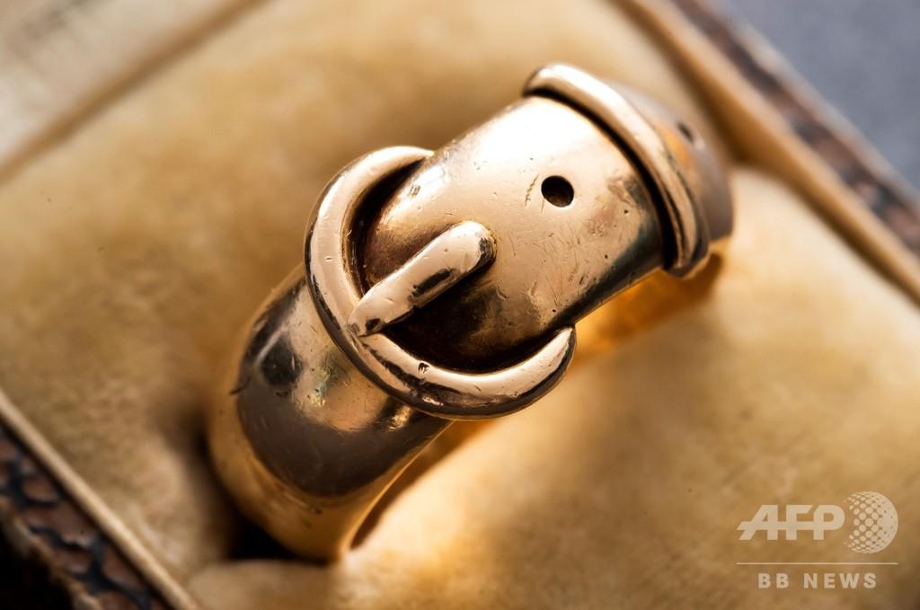 オスカー・ワイルドの「友情の指輪」、著名美術調査員が発見 盗難から20年