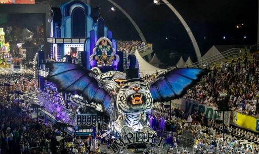 ブラジル・サンパウロで恒例のカーニバルが開幕