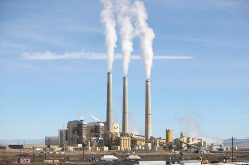 再生可能エネへの転換、発電による健康への悪影響80%削減も 研究