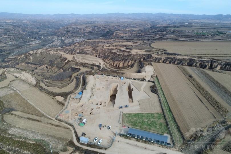 春秋時代の周王朝に似た墳墓を発見 陝西省