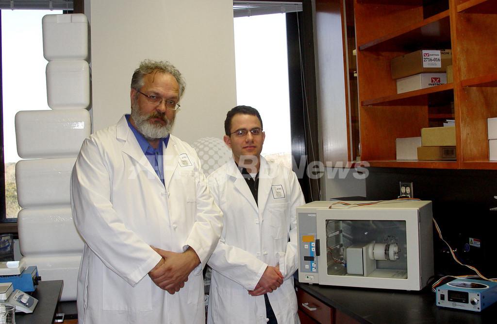 人工食肉の実用化に取り組む2人の研究者、米国