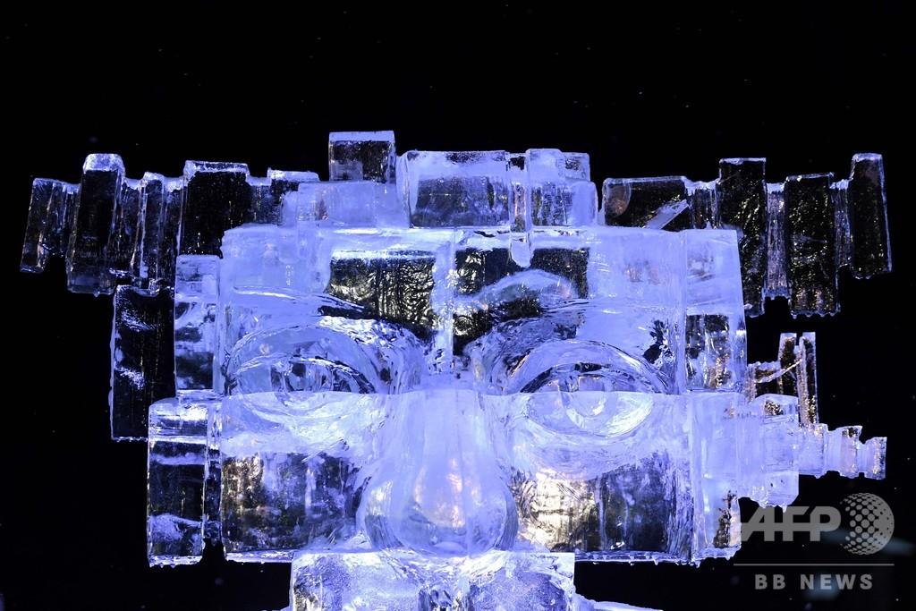 世界中から彫刻家が集結!フランスで氷の彫刻コンテスト