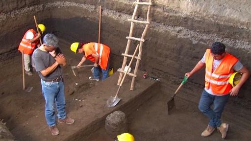 動画:日本人考古学者ら マヤ文明の古代遺跡で新たな発掘調査