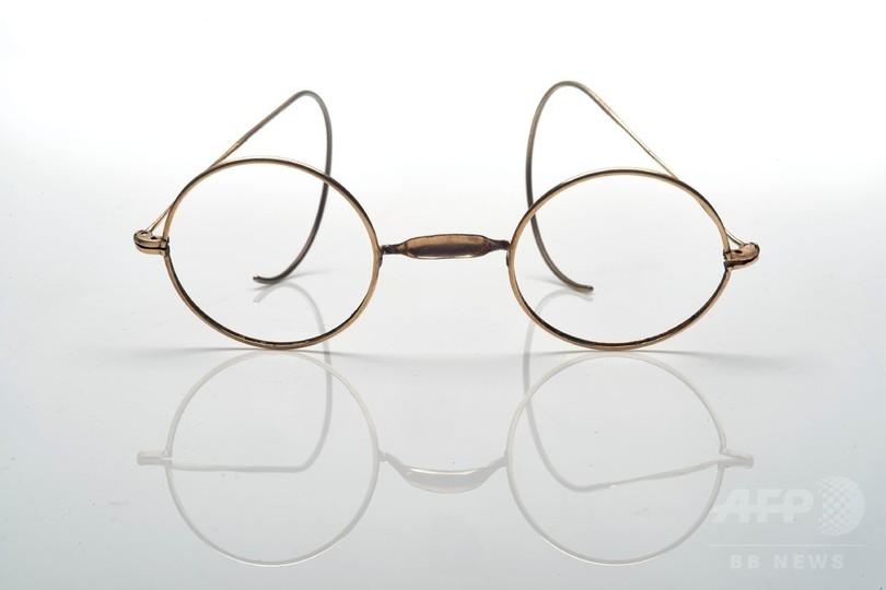 仏巨匠モネの遺品が競売に、愛用眼鏡や浮世絵など落札総額12億円超 香港