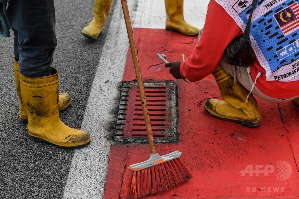 グロージャンが排水溝のふたでクラッシュ、総点検終了でマレーシアGPに青信号