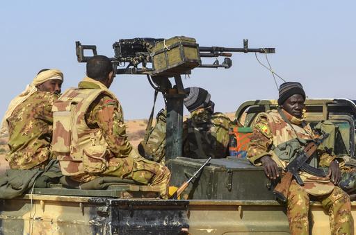 マリ東部で「テロ攻撃」 兵士と民間人53人死亡