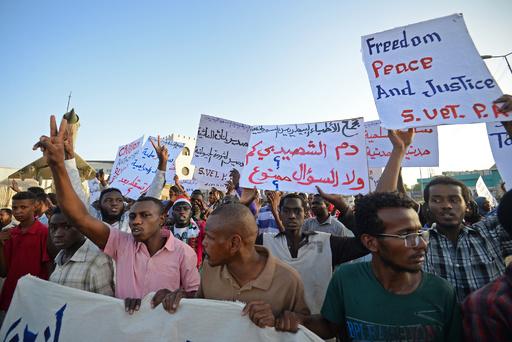 民政移行期間3年で合意、スーダン軍事評議会とデモ指導者ら