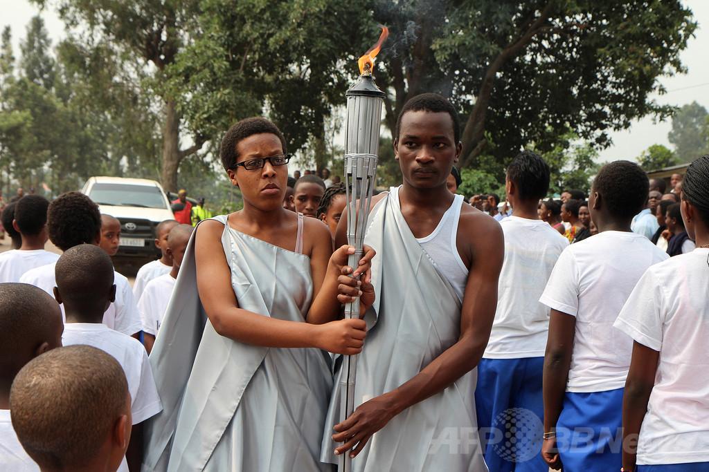 ルワンダ大虐殺から20年、被害者と加害者が体験談
