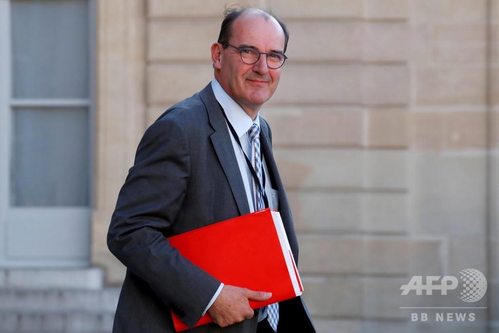 フランス新首相にカステックス氏、大統領が指名
