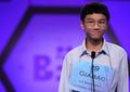 英単語つづり大会「スペリング・ビー」、優勝少年は苦手単語を克服