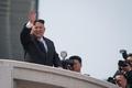 北朝鮮で軍事パレード、金日成主席の生誕記念日に軍事力誇示