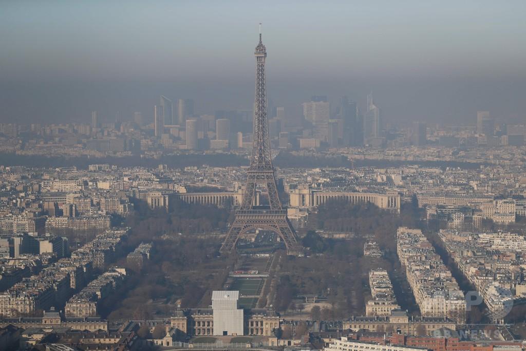 パリ大気汚染、過去10年の冬季で最悪に