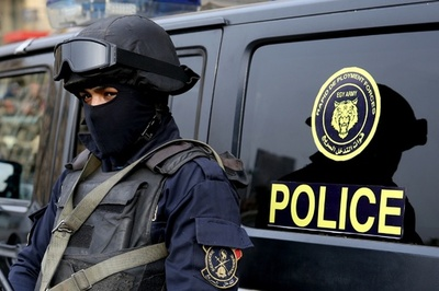 エジプトで治安当局の車列に襲撃、18人死亡 ISが犯行声明