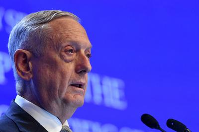 マティス米国防長官、中国の南シナ海軍事化を批判