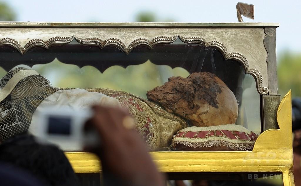 フランシスコ・ザビエルの遺体を公開、インド・ゴア