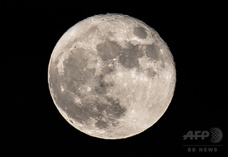 米スタートアップ、年内の月面探査機打ち上げ目指す 民間初