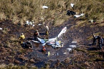 パラグアイで小型機墜落、農牧相と副大臣ら4人死亡