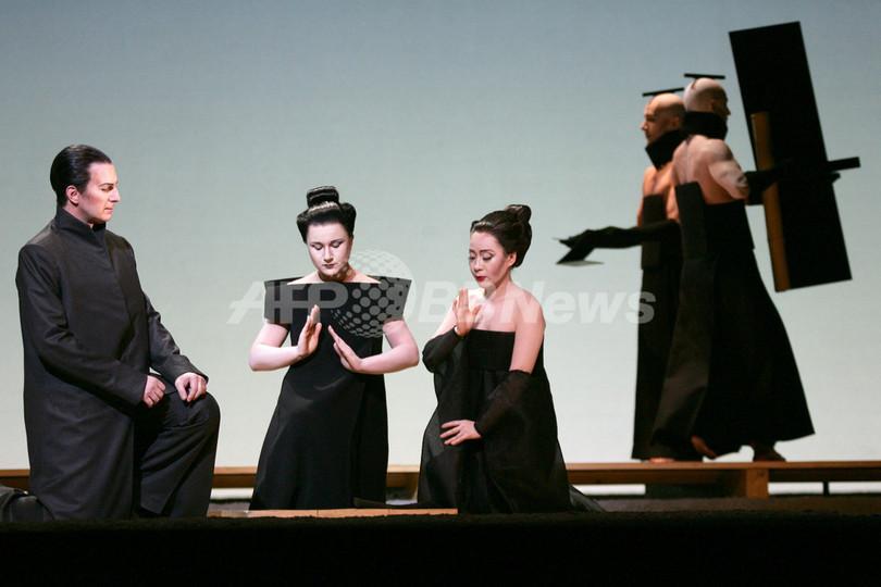 「蝶々夫人は人種差別的」、オペラ専門家が批判 - 英国
