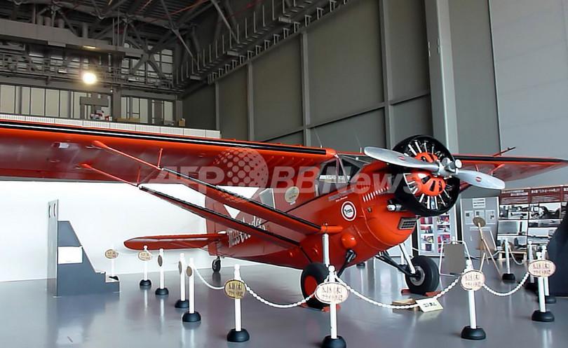 「ゆかりの名機」が被災地上空を飛行、青森県三沢市